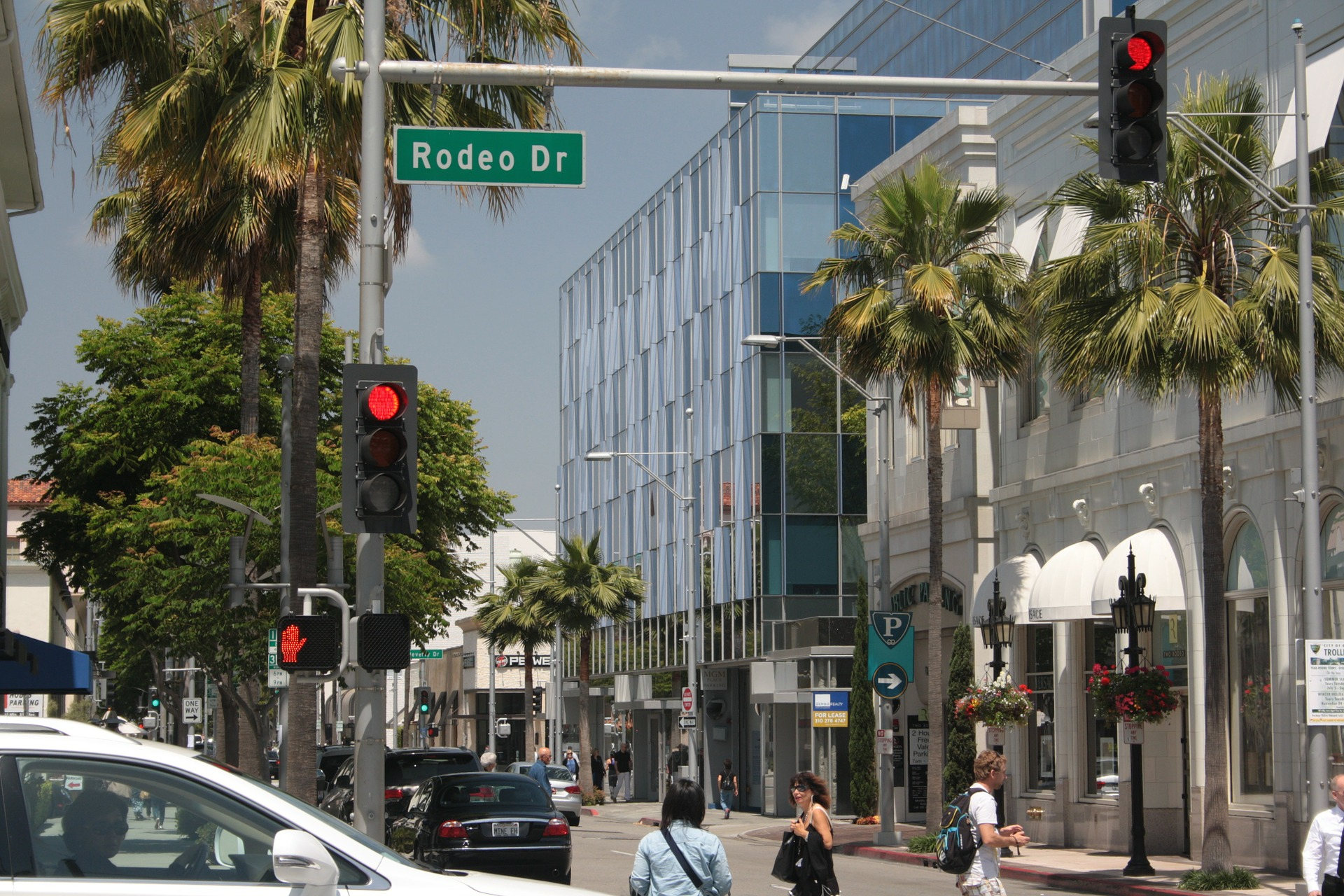 Rodeo drive - luxury shopping avenue
